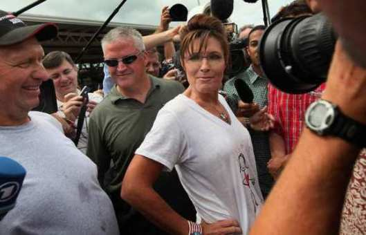Palin loses Iowa straw vote but wins wet t-shirt contest.